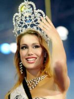 Zuzana Putnarova Miss Tourism Winner 2005