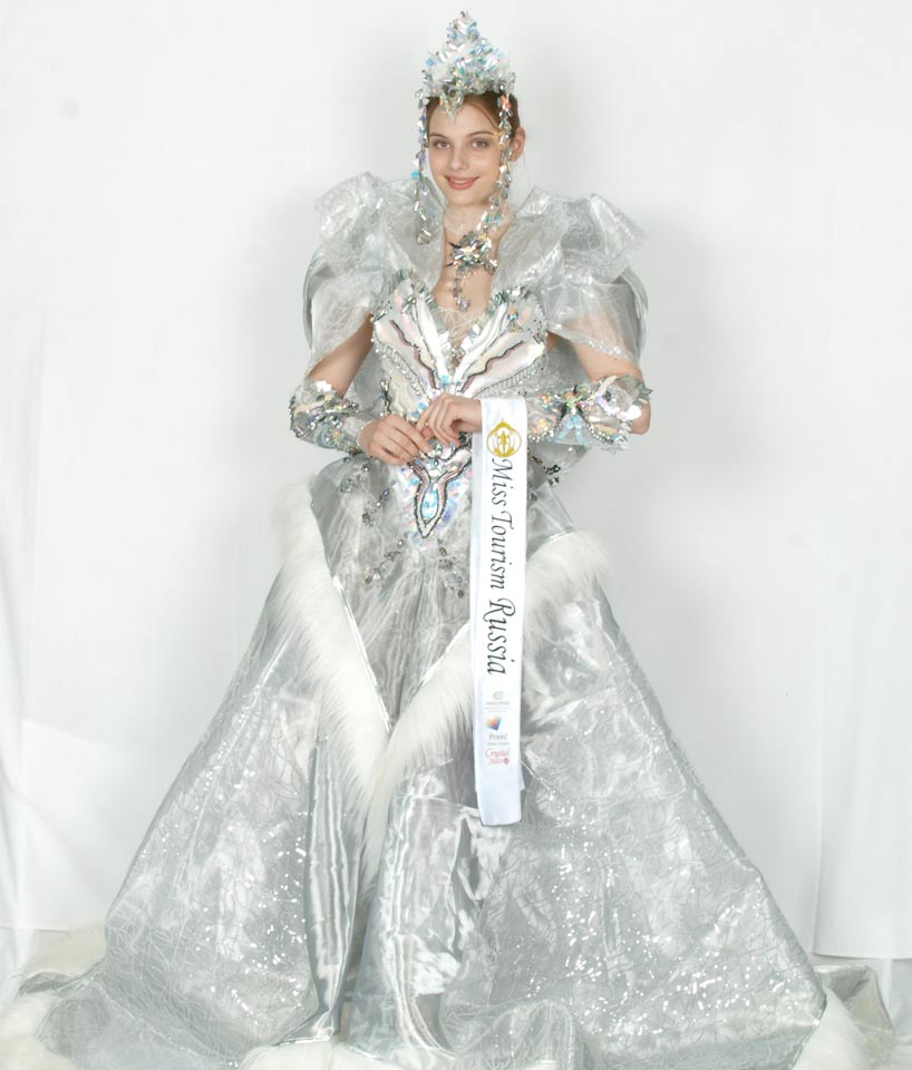 national costume russia