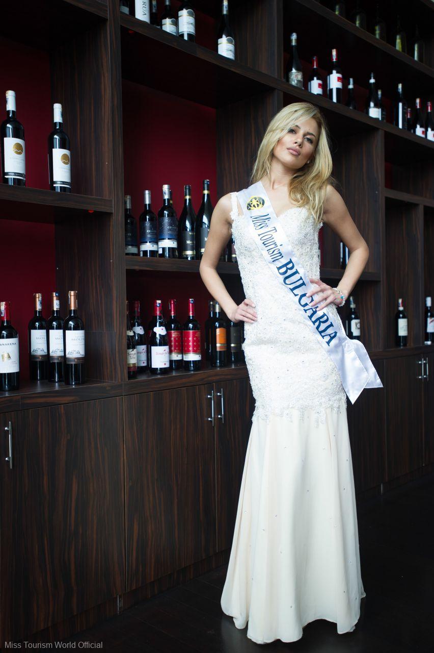 Bulgaria-Evening-Gown-sash