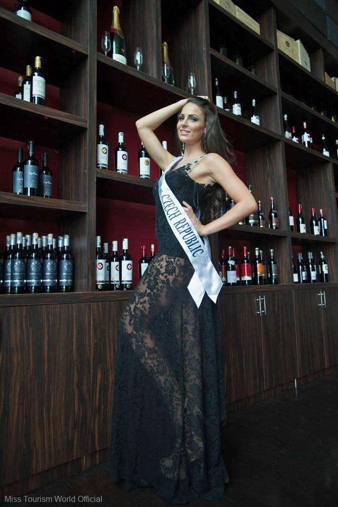 Czech-Rep-Evening-Gown-sash
