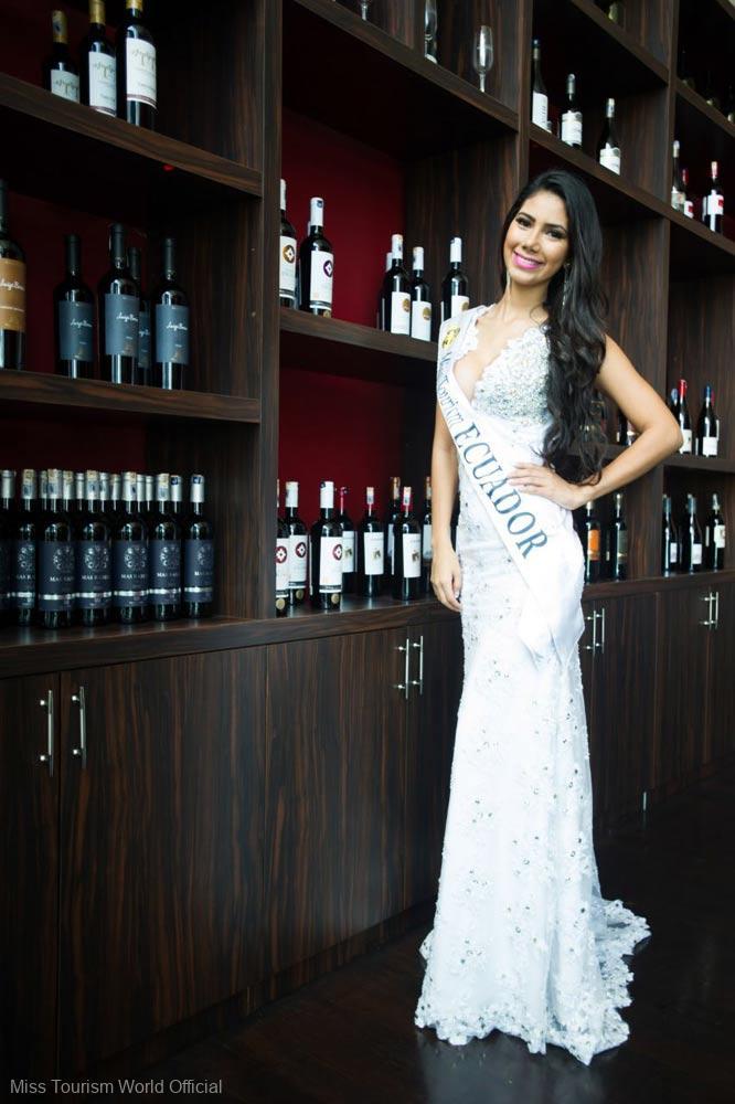 Ecuador-Evening-Gown-sash