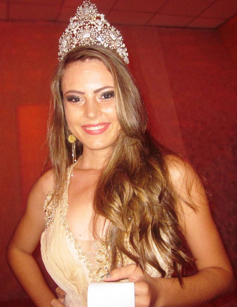 2013-brazil-gown-2