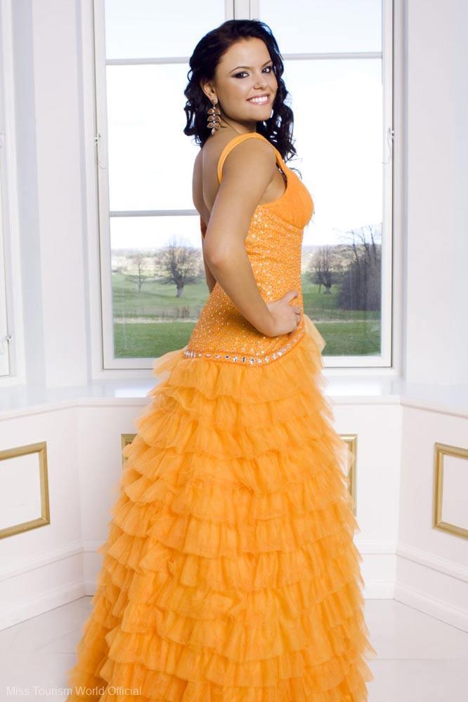 2013-denmark-gown