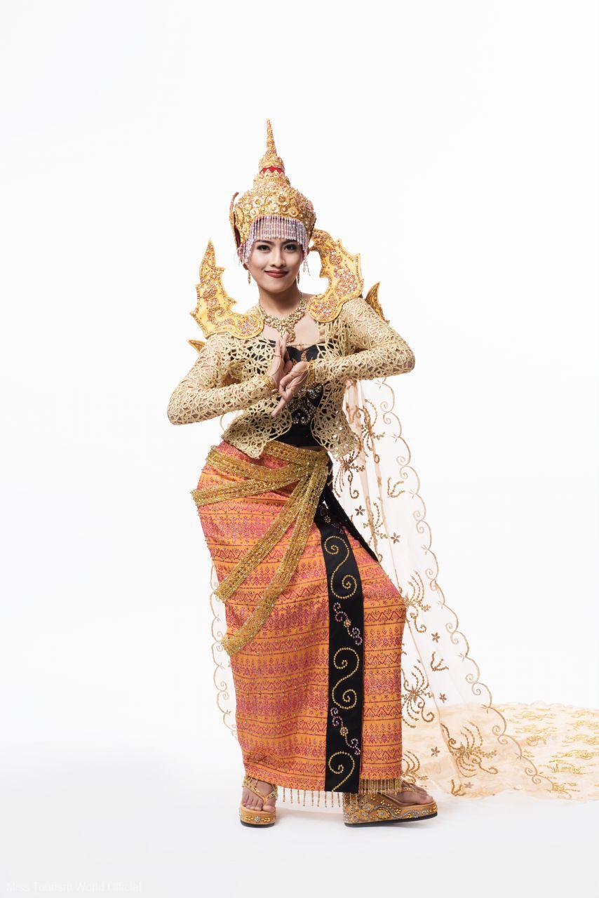 2015-Myanmar-Nat-Costume-2